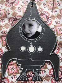 spaceshipinvitation4.jpg